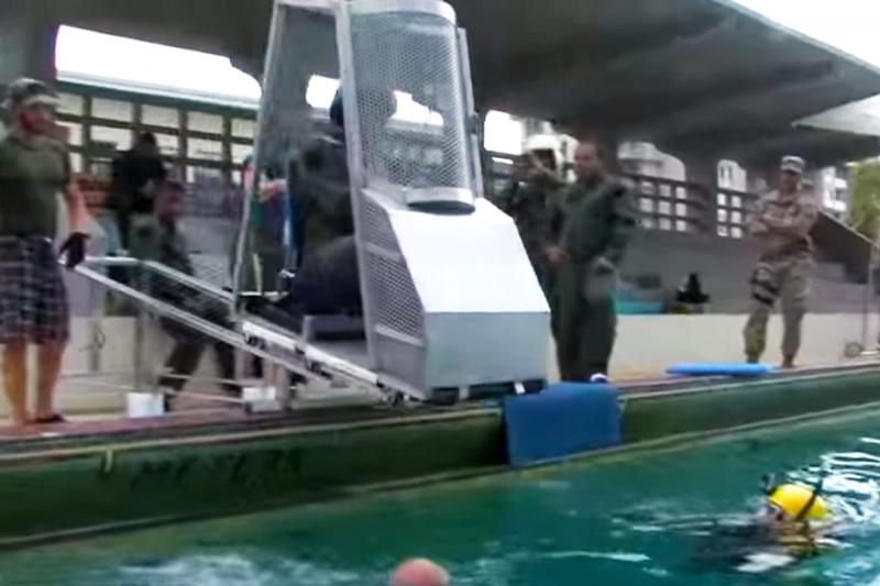 HUET underwater egress simulator